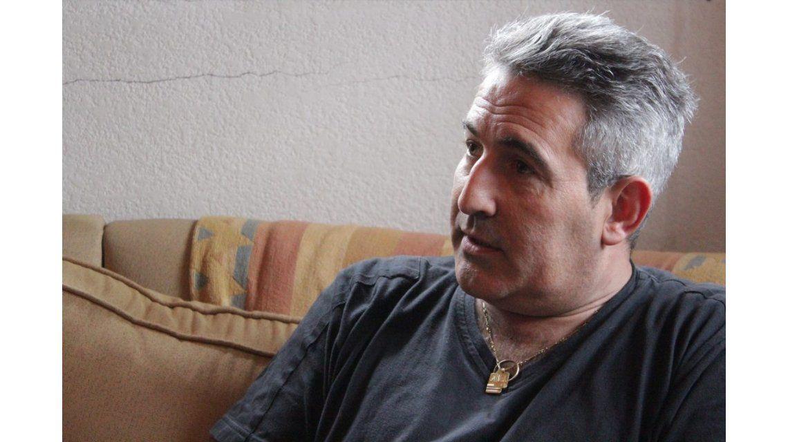 Otra vez asaltaron al ex futbolista Perico Pérez: sufrió su robo número 12