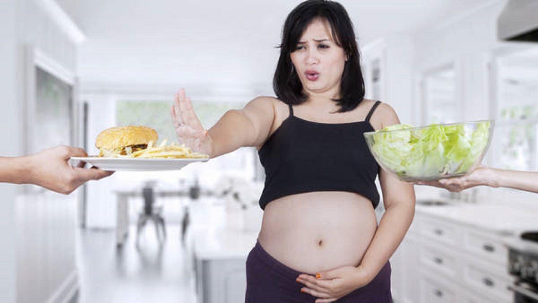 ¿Náuseas en el embarazo? Qué alimentos ayudan a combatirlas
