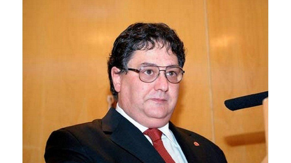 El presidente del Colegio Público de abogados fue detenido en un confuso episodio