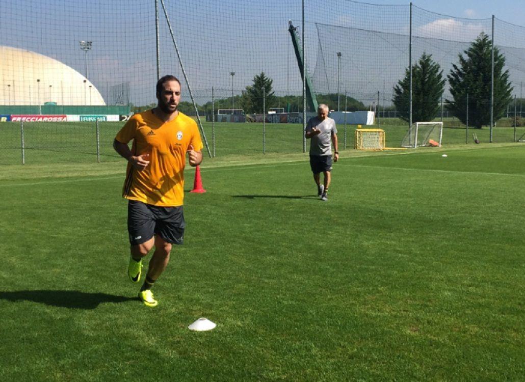 Gonzalo Higuaín entrenó por primera vez con la Juventus