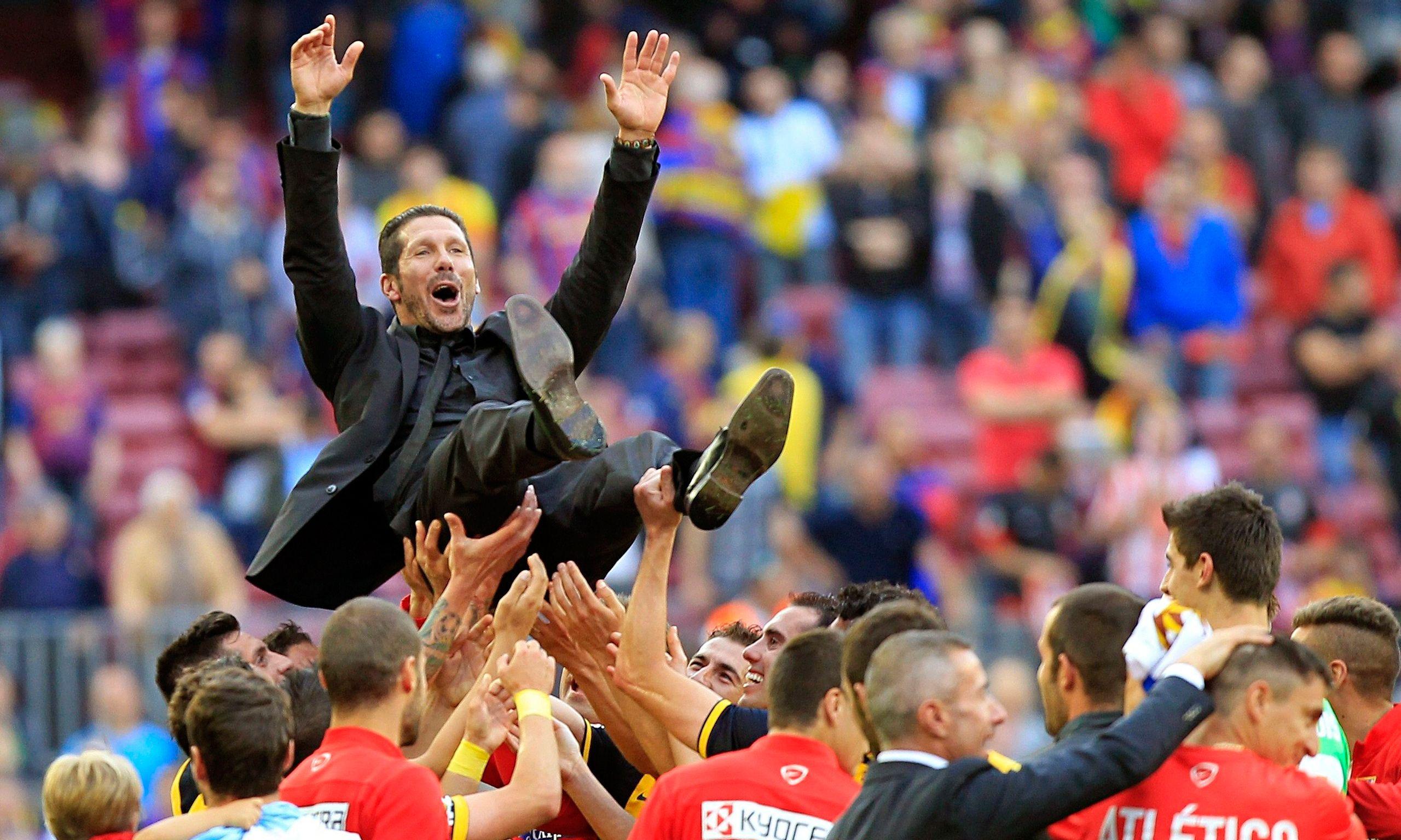 Simeone fue elegido el mejor técnico del mundo y lo comparan son Steve Jobs