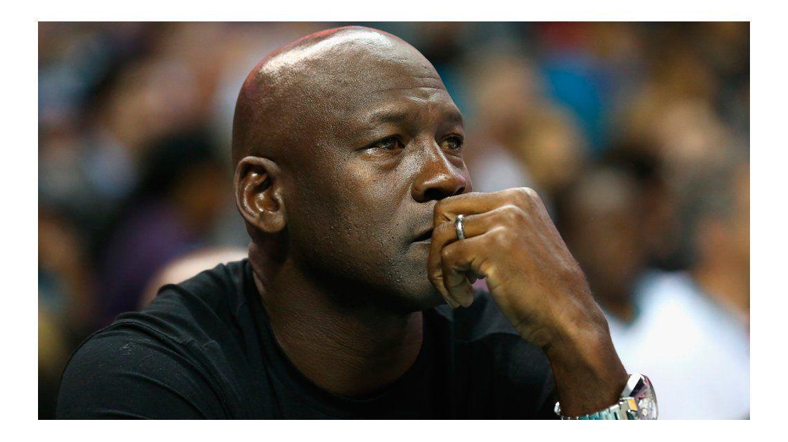 Michael Jordan: Soy un hombre negro e hijo de un padre que perdió la vida en un acto de violencia