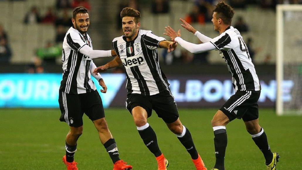 Desde la casa: el golazo de mitad de cancha de un jugador de Juventus