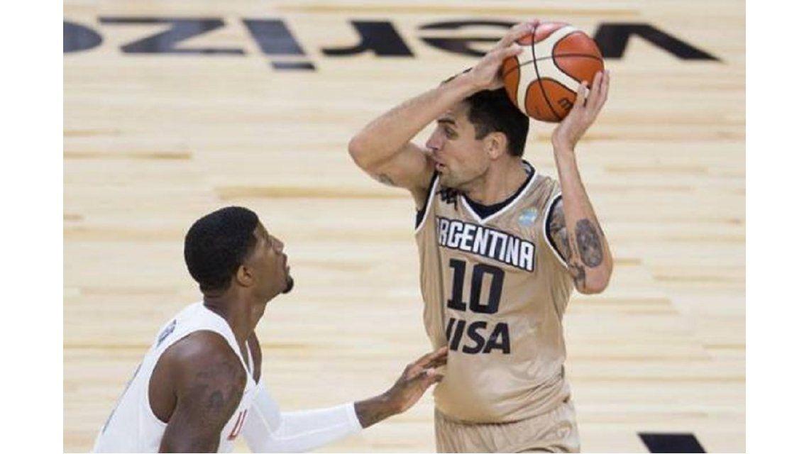 Carlos Delfino volvió a jugar al basquet después de 1171 días y 7 operaciones