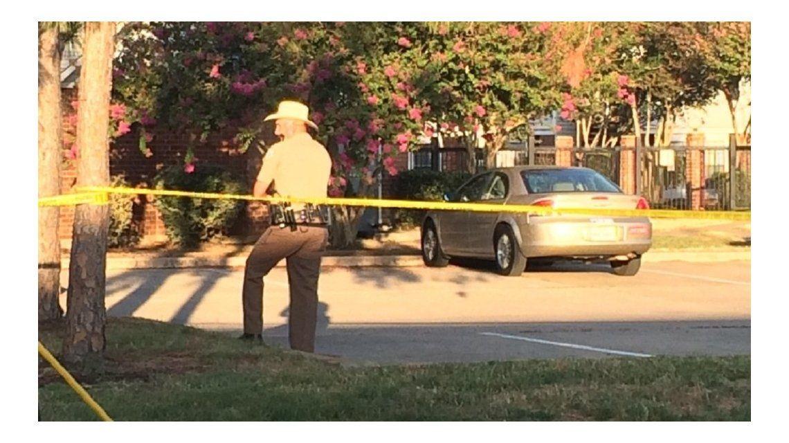 Cuatro muertos, entre ellos un niño, tras misterioso tiroteo en Texas