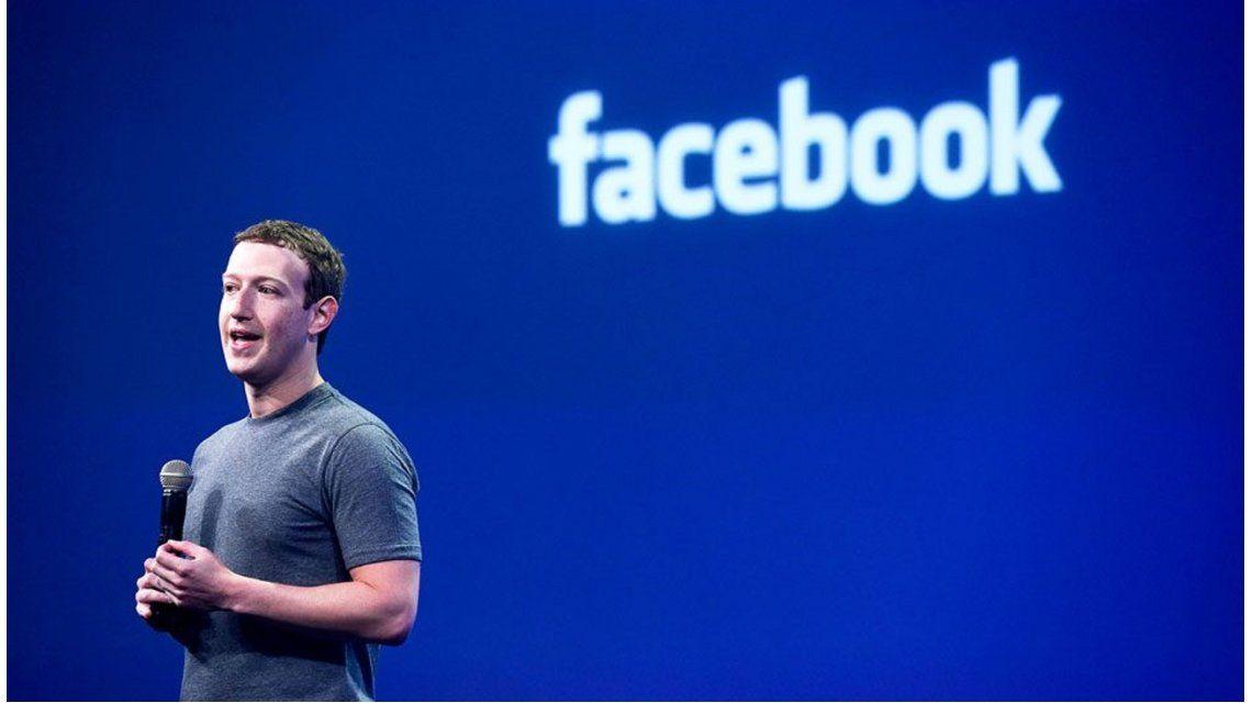 Facebook negocia con discográficas