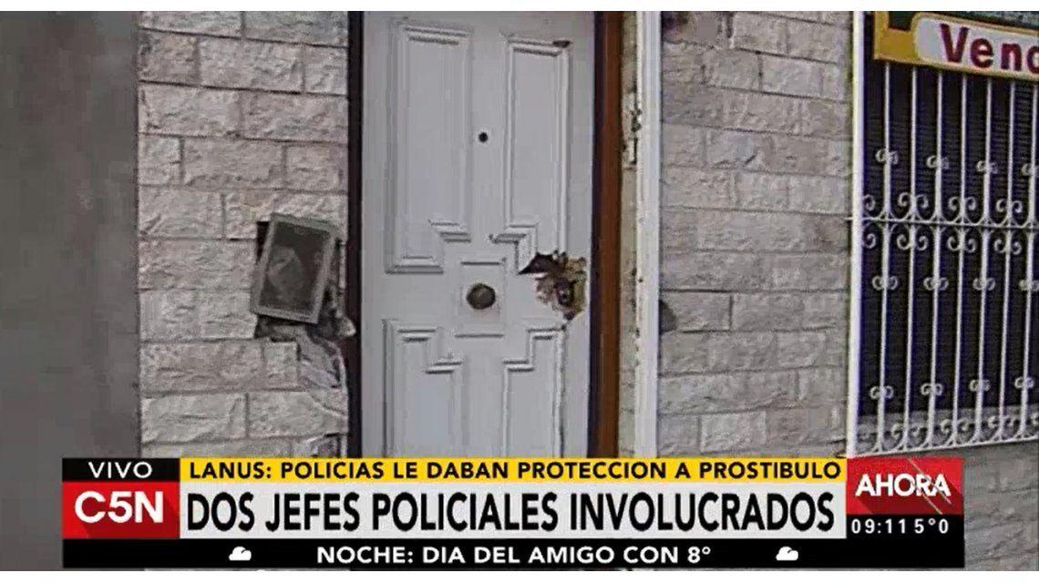 Detuvieron a cuatro policías por proteger un prostíbulo en Lanús