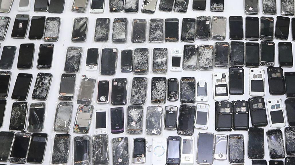 Roban 5.000 celulares por día: cómo saber si estuvo en el mercado negro