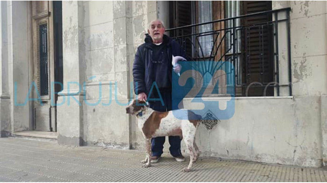 Insólito: le secuestraron el auto con el perro adentro