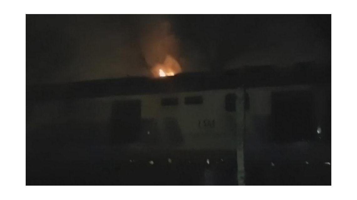 Susto en las vías: se incendió una formación del San Martín