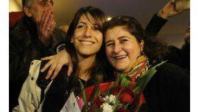 La llegada al a país de la primera refugiada siria, Haneen Nasser