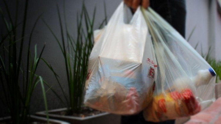 Ya no darán más bolsas de plástico en los supermercados de la Ciudad