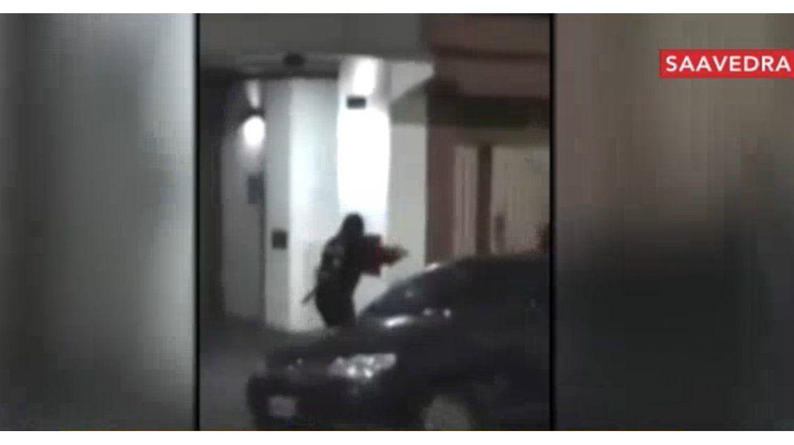 Polémica por una oficial de la Metropolitana que dejó escapar a un ladrón