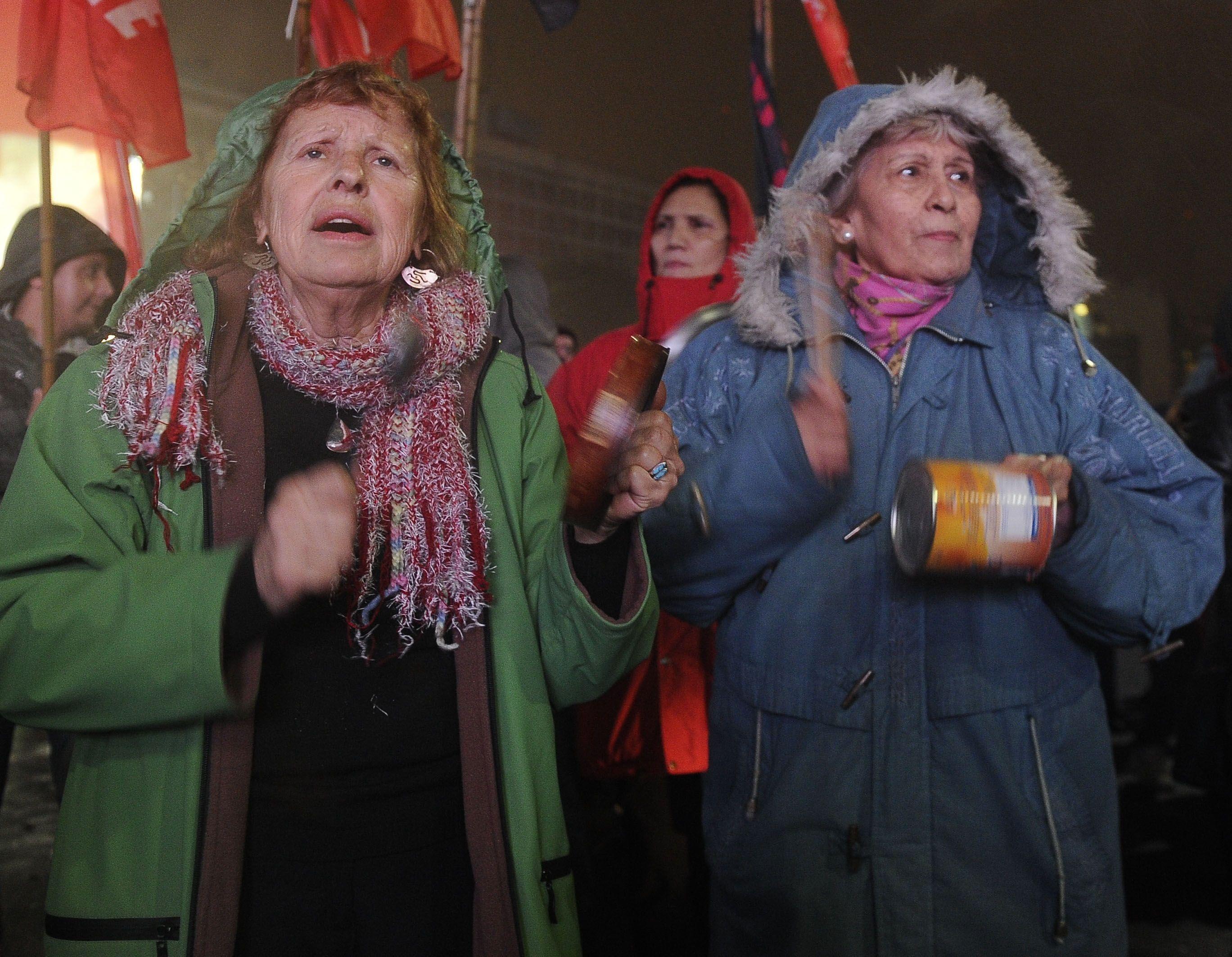 El cacerolazo se hizo sentir en todo el país: las imágenes