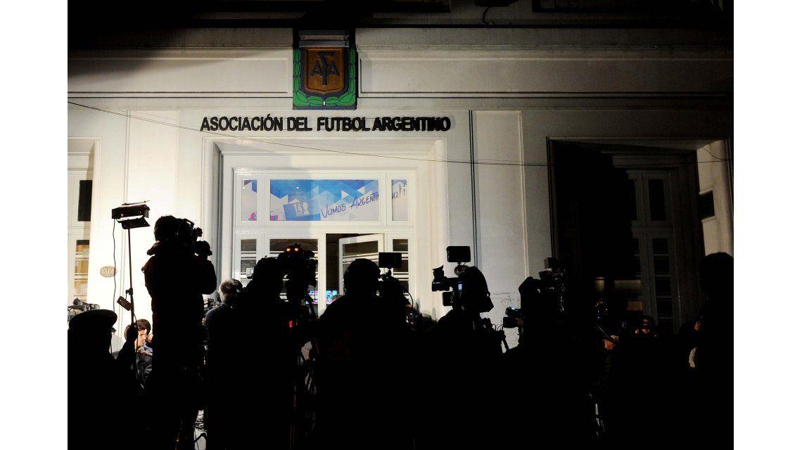 Desde la AFA le pidieron al Gobierno cortar con el contrato del FPT
