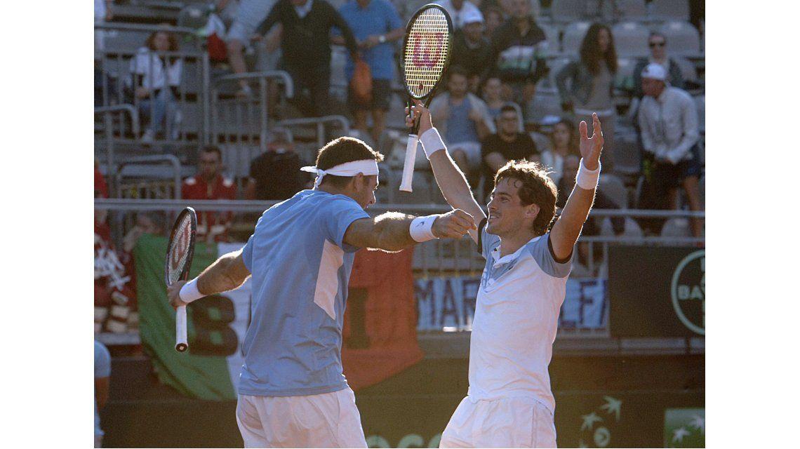 Con Del Potro, Argentina ganó en el dobles y supera a Italia en la serie