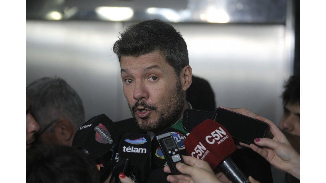 Marcelo Tinelli publicó una larga lista de trolls y afirmó: Cuando las noticias lastiman, el humor sana
