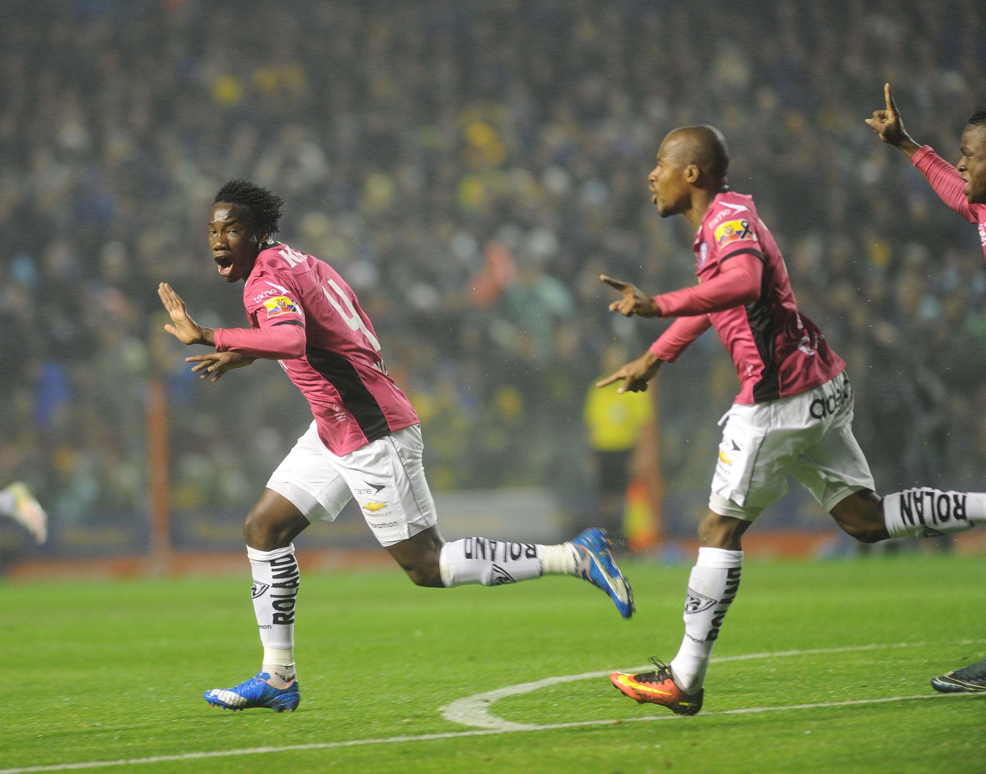 Insólito: un finalista de la Copa fue goleado en otro partido ¡el mismo día!
