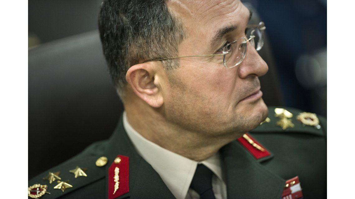 Detuvieron a cabezas y soldados del Ejército turco tras el intento de golpe