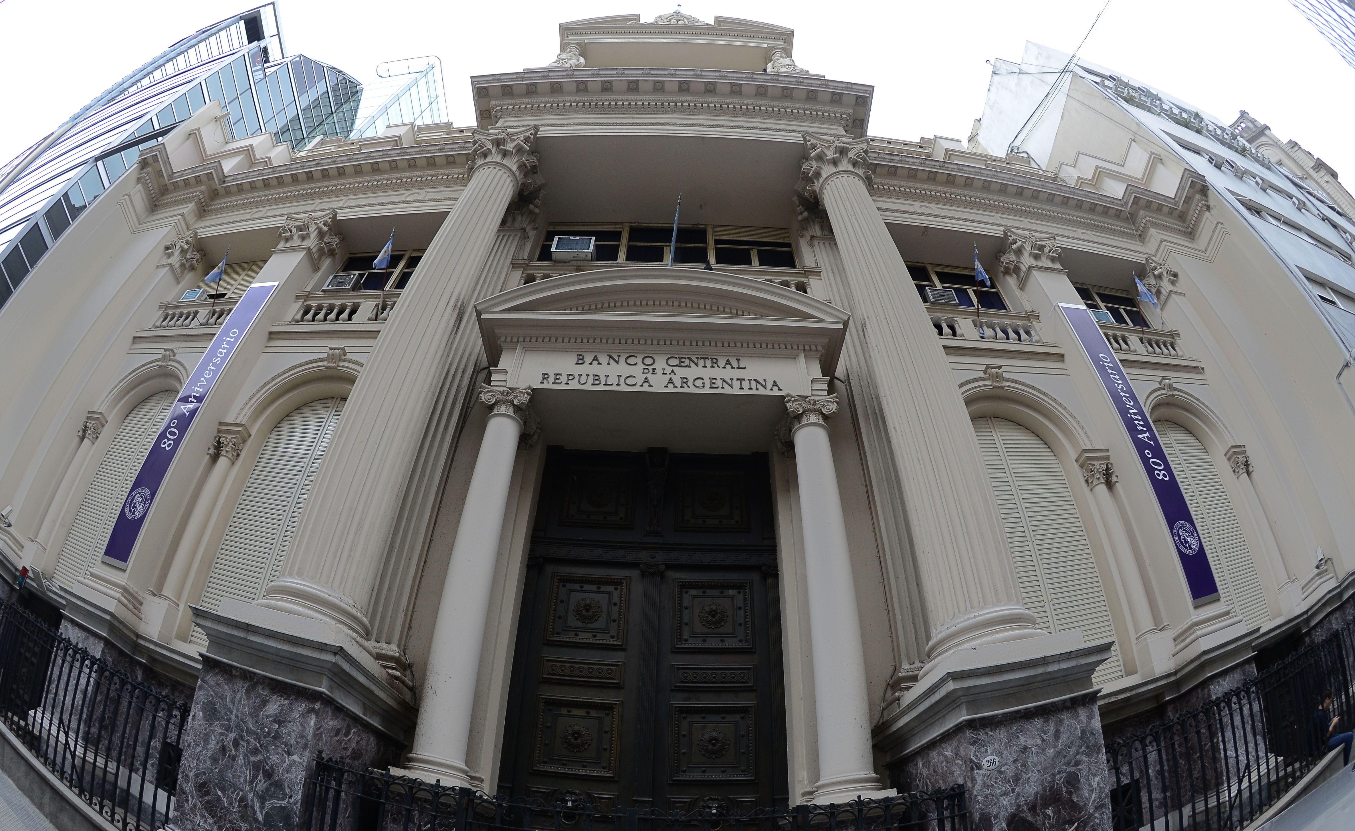 La nueva jugada del Banco Central para calmar a inversores y evitar otro súpermartes
