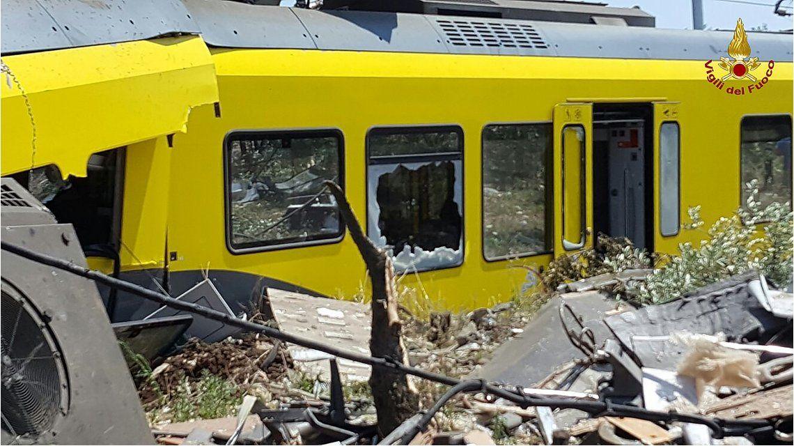 Tragedia en Italia: al menos 20 muertos en un choque frontal de trenes