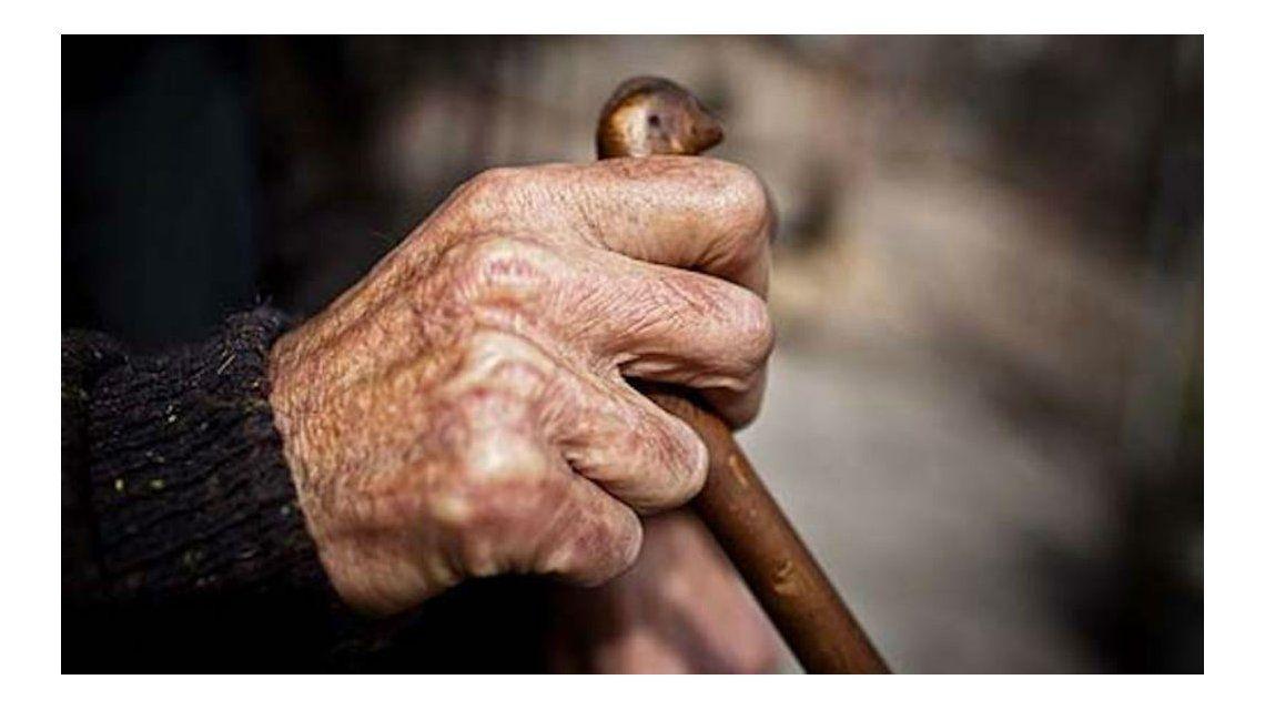 Detienen a un joven por obligar a una anciana a practicarle sexo oral