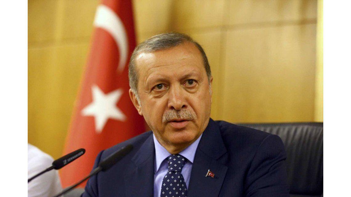 Para Erdogan, el intento de golpe es un regalo de Dios para limpiar el Ejército
