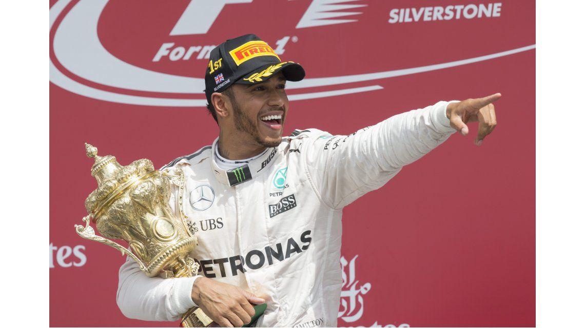 Hamilton ganó en Silverstone y acecha al líder de la Fórmula 1