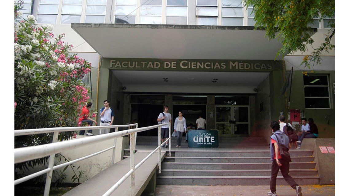Mala nota: el 98% de estudiantes de medicina de la Universidad de La Plata fueron reprobados