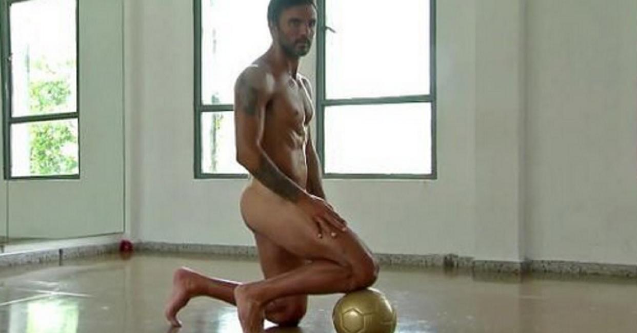 El desnudo de Fabián Cubero en una producción hot