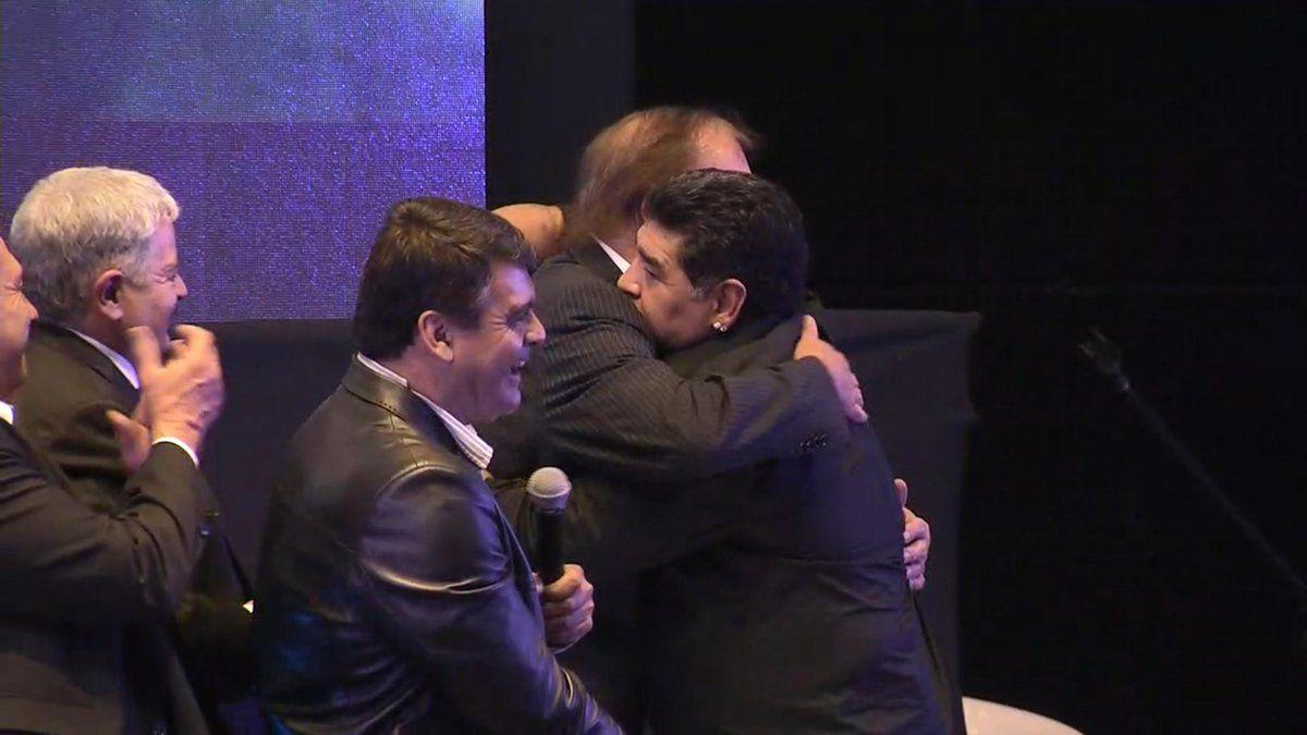 Maradona se reconcilió con Bilardo en la cena por los 30 años de México 86