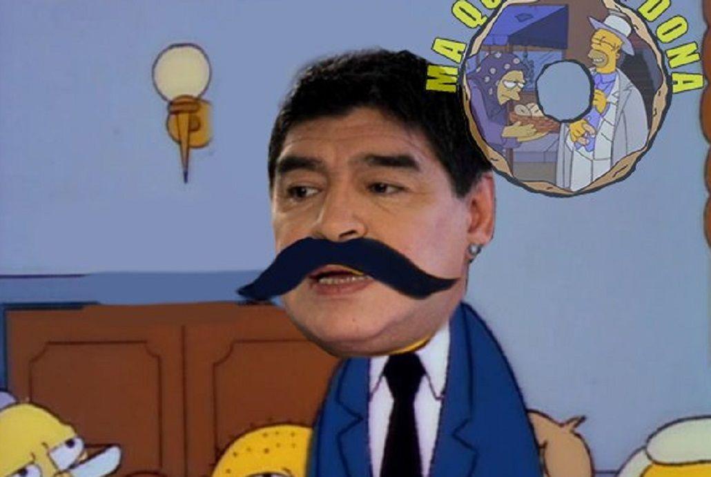 Maradona ridiculizó al veedor de FIFA y estallaron los memes