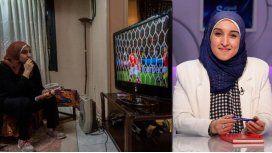 La historia de Manar Sarhan, la primera mujer que comentará fútbol en Egipto