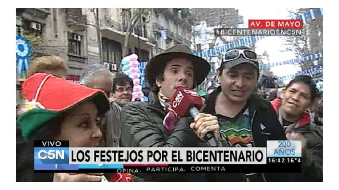 Le robaron la billetera a Robertito Funes durante los festejos por el Bicentenario