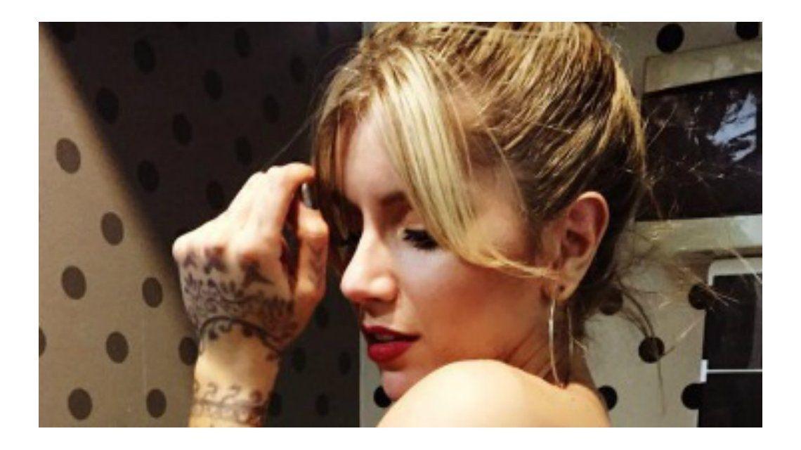 Mirá el topless de Laurita Fernández, separada de Fede Hoppe