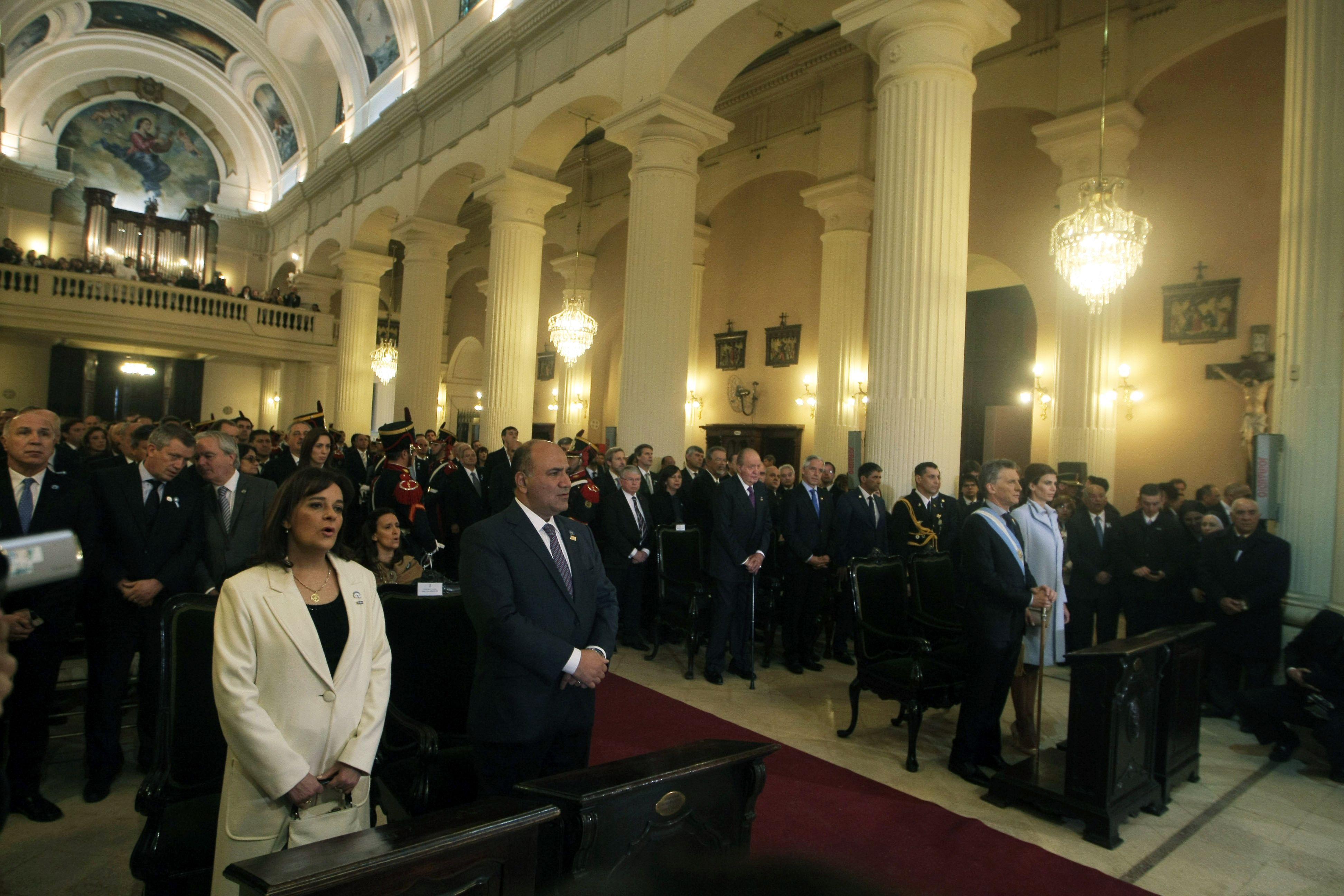 Macri asistió al Tedeum por el Bicentenario: No es un día para ahondar la grieta, pidió la Iglesia