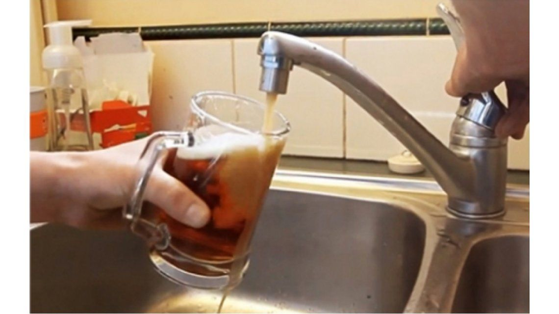 Como si fuera agua: en el futuro, la cerveza podría salir de la canilla