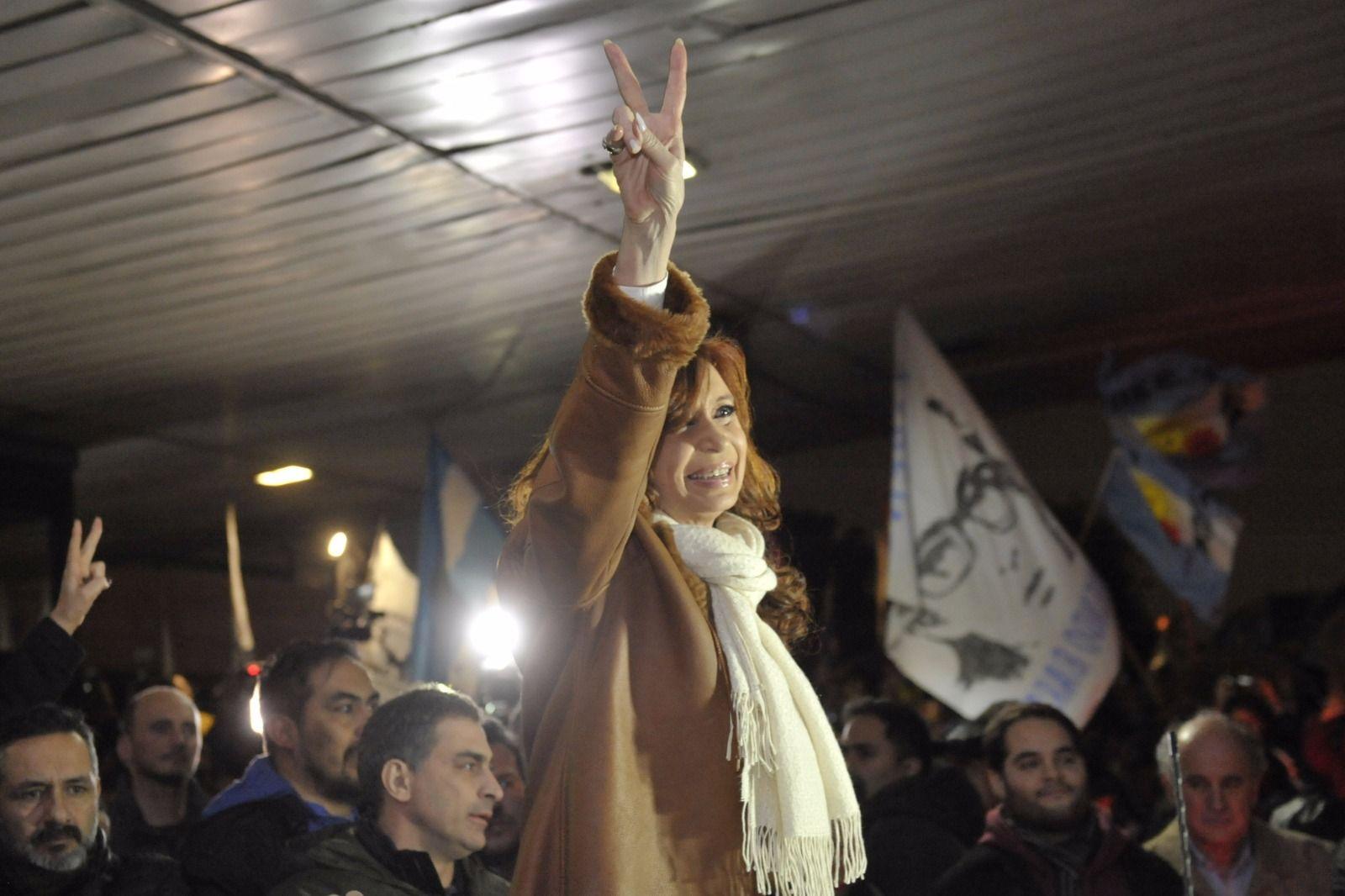 La clase política se mira el ombligo, disparó CFK