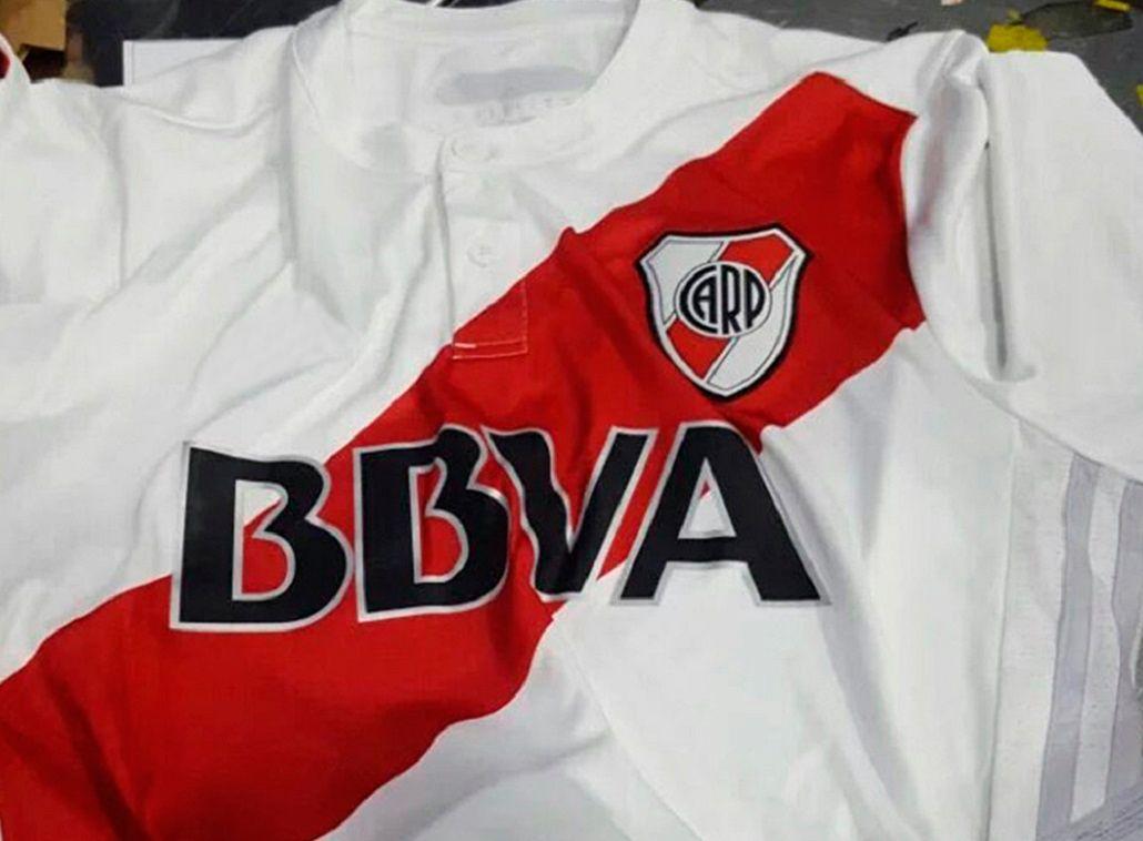 ¿Serán éstas las nuevas camisetas de River para la próxima temporada?