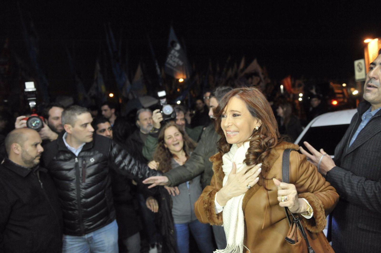 CFK regresó a Buenos Aires y ya prepara una recorrida por todo el país
