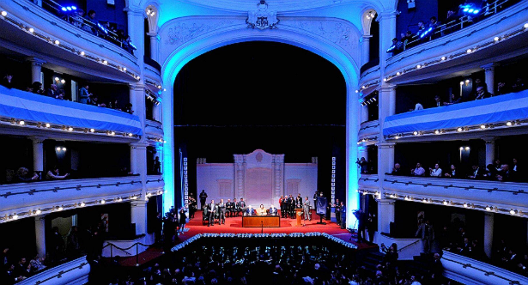 Con una sesión especial, el Congreso celebró en Tucumán el Bicentenario