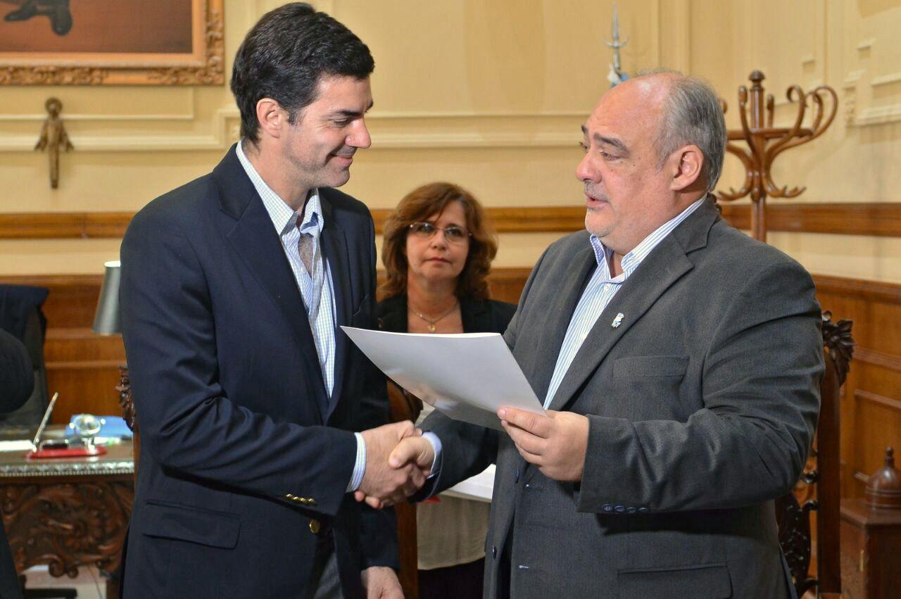 Urtubey y Colombi suscribieron convenios de cooperación