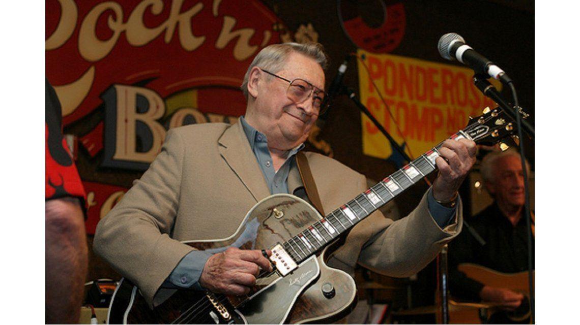 Falleció Scotty Moore, guitarrista de Elvis Presley