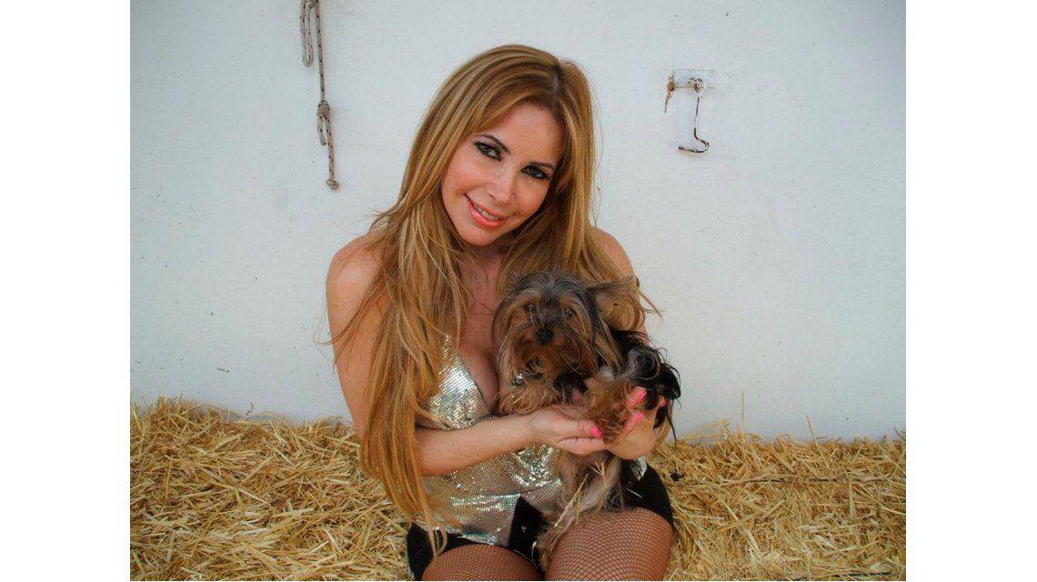 La abogada hot renunció a la defensa de López y apunta al Bailando