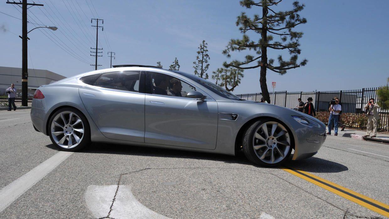 Tesla con autopiloto excedió el límite de velocidad en un choque fatal