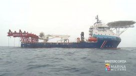 Reflotan en Italia un barco que se hundió con más de 700 refugiados a bordo
