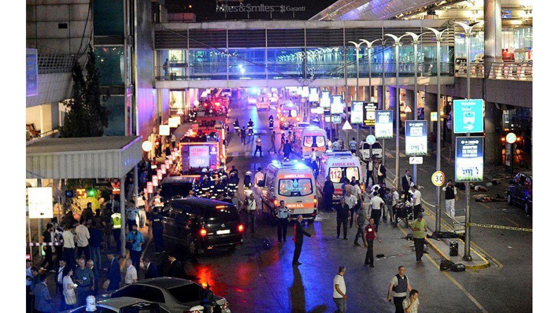 Cerca de 30 argentinos se salvaron de milagro del atentado suicida en Estambul
