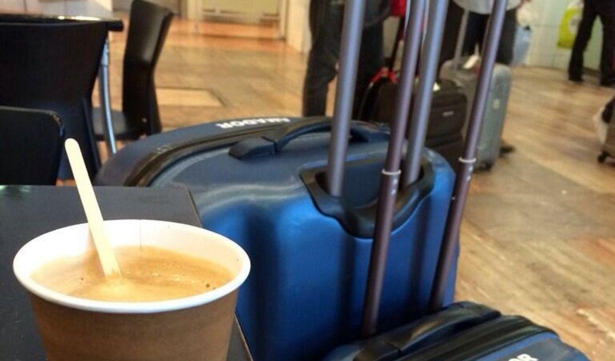 No tan cuidados: en Aeroparque, un café con medialunas sale $85