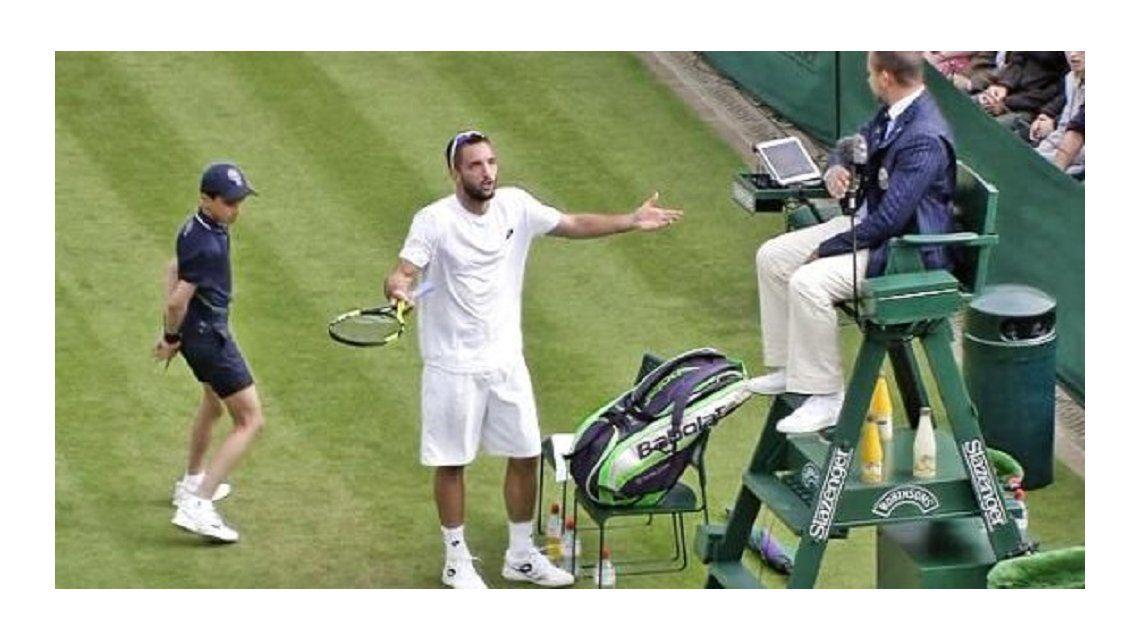 Wimbledon: un tenista perdió los estribos e insultó brutalmente al árbitro