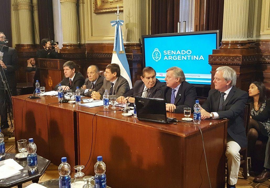 Aranguren justificó el tarifazo: Nos estábamos quedando sin energía